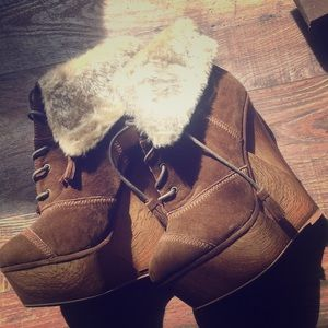 Adorable Suede Rare Find Booties